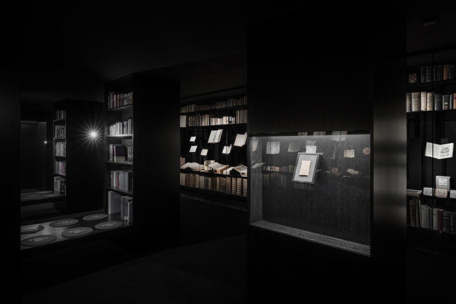 2_S_bearbeitet_Bok_Bibelmuseum_23-01-2020_TE_5499_dunkel